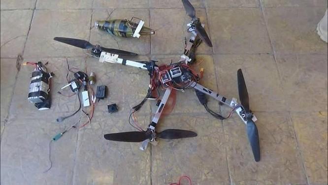 Quân đội Syria bắn hạ 3 UAV mang đầu đạn chống tăng của IS ảnh 2