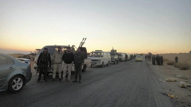 Quân đội Syria dồn binh lực, chuẩn bị phản kích tái chiếm Palmyra ảnh 2