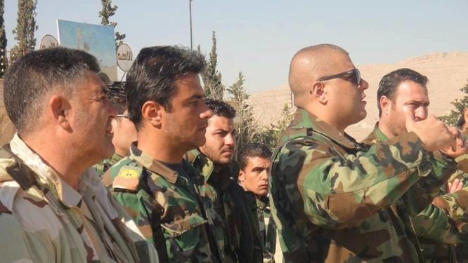 Quân đội Syria dồn binh lực, chuẩn bị phản kích tái chiếm Palmyra ảnh 7