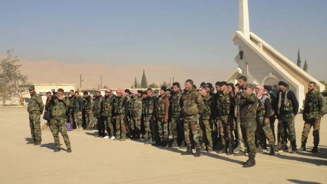 Quân đội Syria dồn binh lực, chuẩn bị phản kích tái chiếm Palmyra ảnh 8