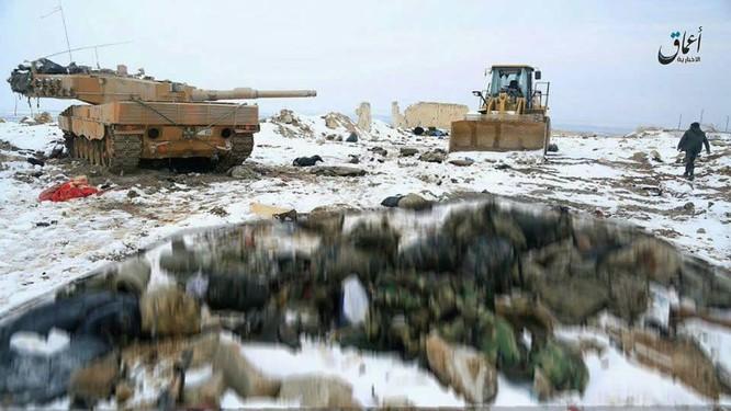 Chiến sự Syria: Sập bẫy IS, quân đội Thổ Nhĩ Kỳ bỏ xe tăng chạy tháo thân ảnh 1