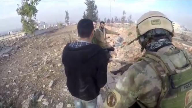 Trận chiến Aleppo: Đặc nhiệm Nga xung trận cùng binh sĩ Hezbollah (video) ảnh 5
