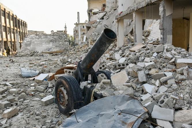 """Trận chiến Aleppo: Quân đội Nga xua đuổi """"thần chết"""" (video) ảnh 12"""