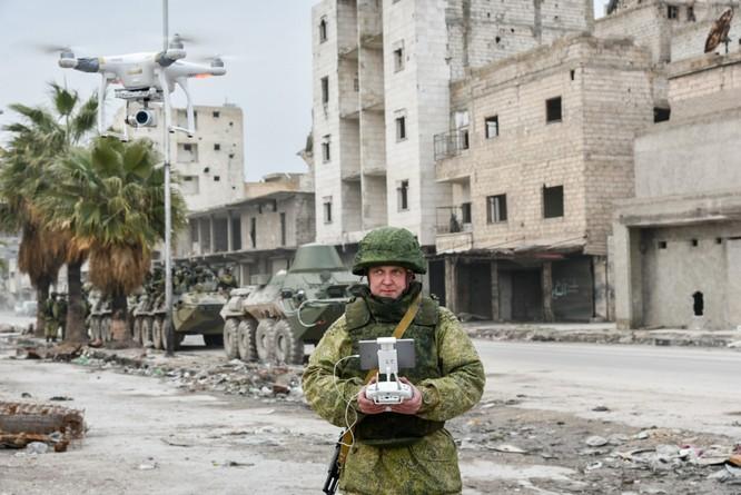 """Trận chiến Aleppo: Quân đội Nga xua đuổi """"thần chết"""" (video) ảnh 16"""