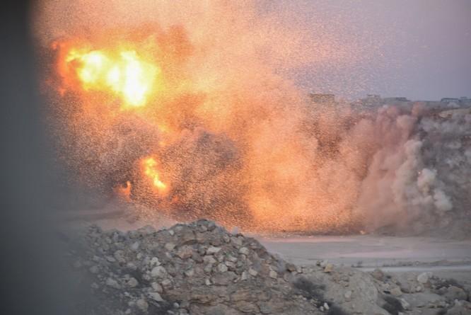 """Trận chiến Aleppo: Quân đội Nga xua đuổi """"thần chết"""" (video) ảnh 33"""