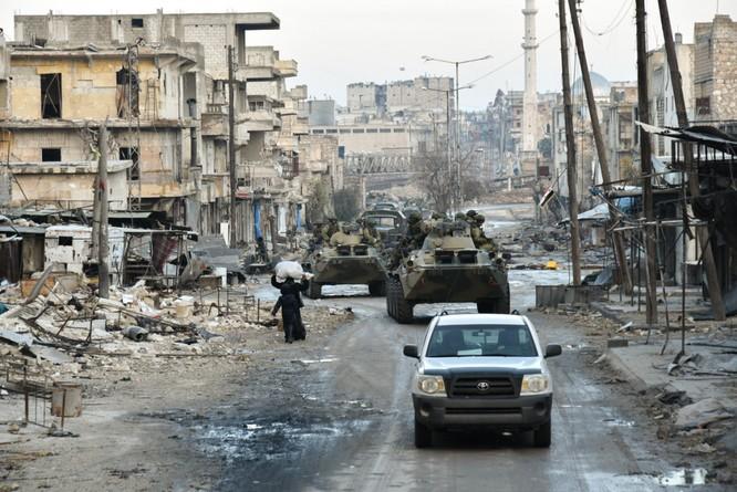 """Trận chiến Aleppo: Quân đội Nga xua đuổi """"thần chết"""" (video) ảnh 6"""