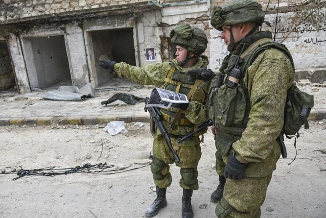 """Trận chiến Aleppo: Quân đội Nga xua đuổi """"thần chết"""" (video) ảnh 8"""