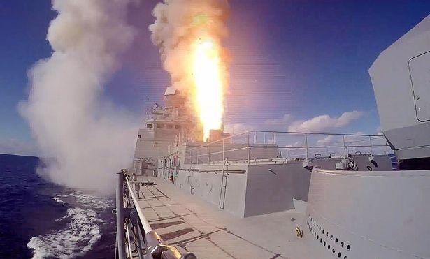 Chiến cuộc Syria: Nga tự tin rút tàu sân bay, bớt binh lực ảnh 12