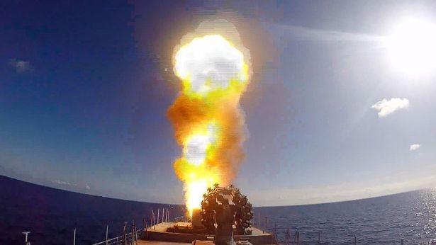Chiến cuộc Syria: Nga tự tin rút tàu sân bay, bớt binh lực ảnh 13