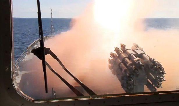 Chiến cuộc Syria: Nga tự tin rút tàu sân bay, bớt binh lực ảnh 14