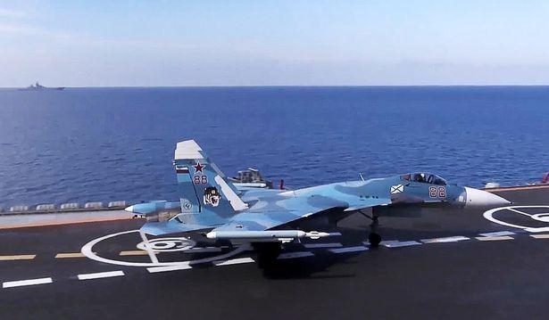 Chiến cuộc Syria: Nga tự tin rút tàu sân bay, bớt binh lực ảnh 4