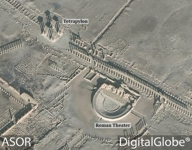 Kinh hoàng IS phá hủy nhà hát La Mã cổ đại ở Palmyra ảnh 2