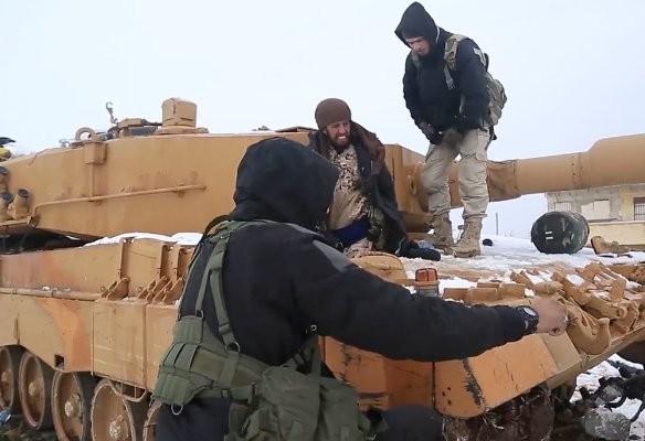 """IS """"hạ nhục"""" xe tăng Đức, Thổ mất 10 Leopard 2А4 ở chiến trường Syria ảnh 3"""
