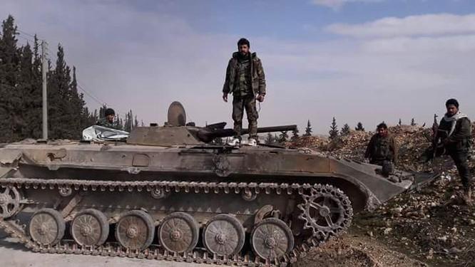 """Chiến sự đông Aleppo: """"Hổ"""" Syria đánh chiếm khu vực rộng lớn, siết vòng vây IS ảnh 8"""