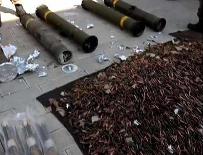 Quân đội Syria thu giữ số lượng lớn tên lửa TOW Mỹ ảnh 1
