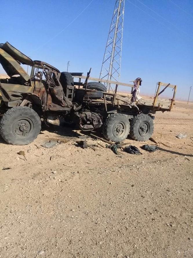 Chiến sự Palmyra: Quân đội Syria sắp khai hỏa đoạt lại khu mỏ khí chiến lược ảnh 3