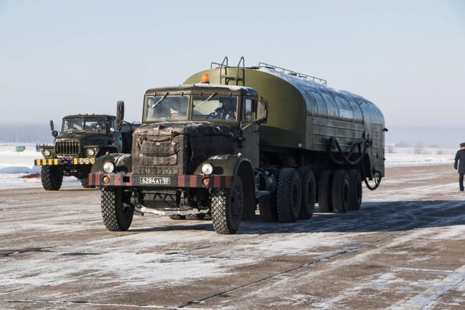 """""""Thú mỏ vịt"""" Su-34 Nga huấn luyện chiến đấu trong băng giá ảnh 8"""