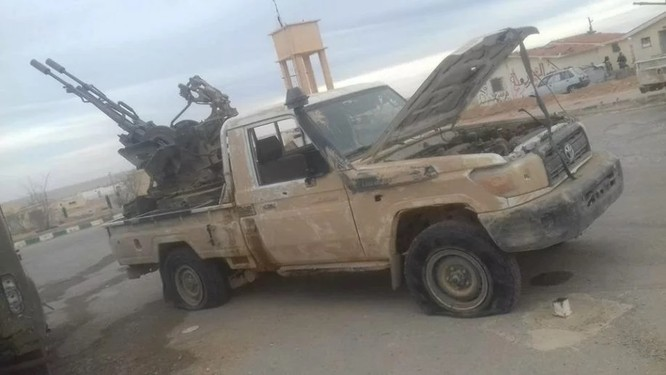 Chiến sự Syria: Phiến quân IS thảm bại tại ngoại ô Damascus (video) ảnh 8