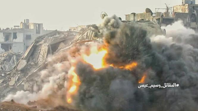 """Chiến sự Syria: Phục kích """"chôn sống"""" nhóm phiến quân Al-Qaeda ở ngoại vi Damascus ảnh 1"""