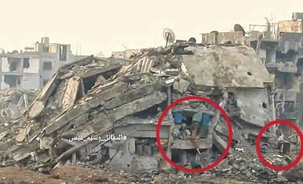 """Chiến sự Syria: Phục kích """"chôn sống"""" nhóm phiến quân Al-Qaeda ở ngoại vi Damascus ảnh 2"""
