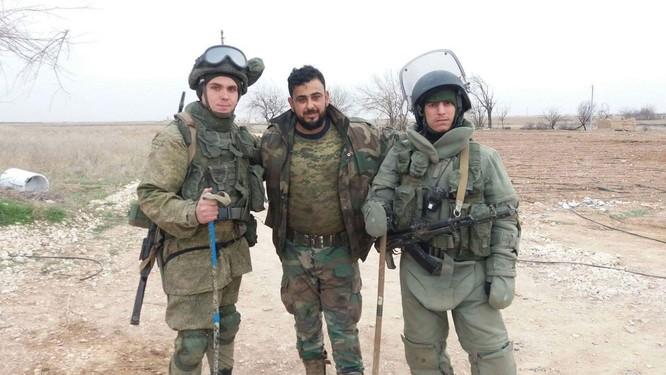 """Chiến sự đông Aleppo: """"Hổ Syria"""" tung đòn đánh sào huyệt IS ảnh 5"""