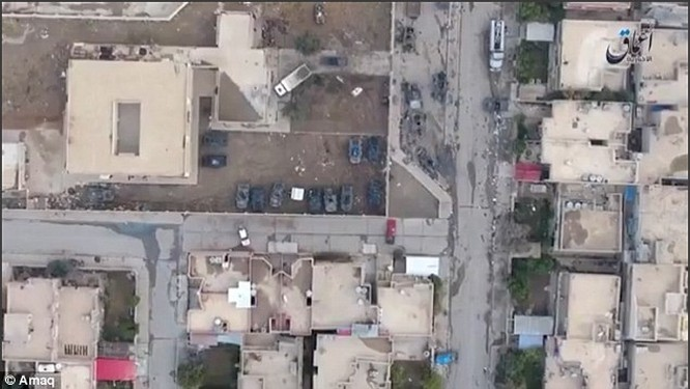 Sốc: IS không kích quân đội Iraq ở Mosul bằng UAV (video) ảnh 1