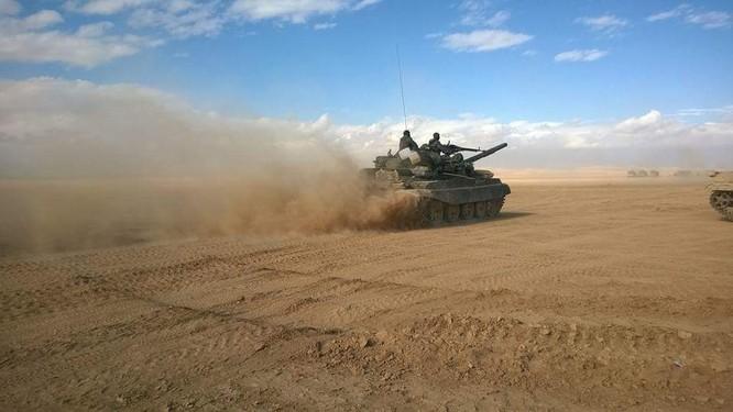 Chiến sự Palmyra: Quân đội Syria đập tan tuyến phòng ngự IS, giải phóng một vùng lớn ảnh 1