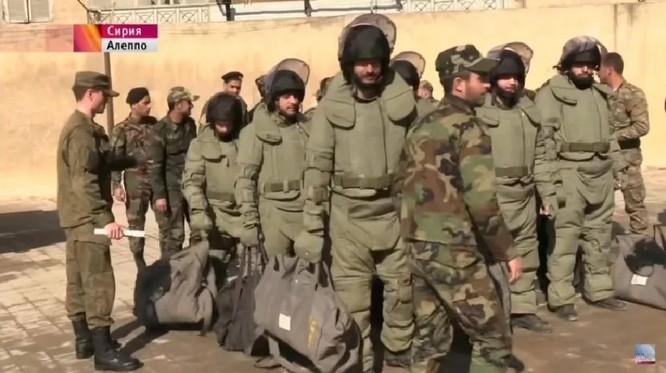 """Chiến sự Syria: Nga huấn luyện """"lên đời"""" quân Assad (ảnh) ảnh 1"""