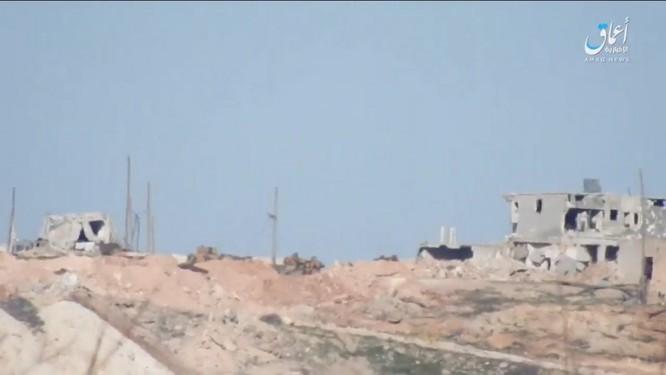 """Phiến quân IS lại """"hạ nhục"""" xe tăng Thổ Nhĩ Kỳ ở Syria ảnh 1"""