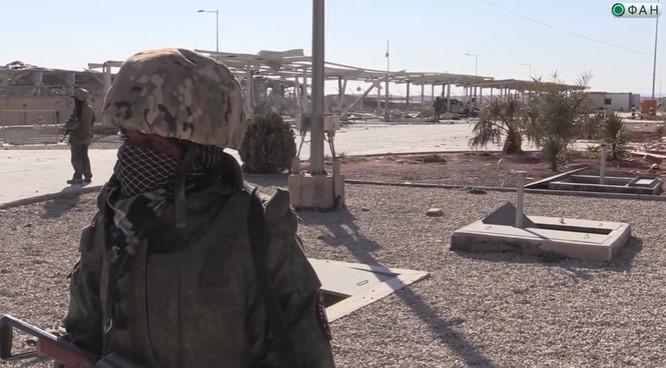 Chiến sự Palmyra: Quân tình nguyện Syria phòng thủ khu mỏ khí đốt (video+ảnh) ảnh 2