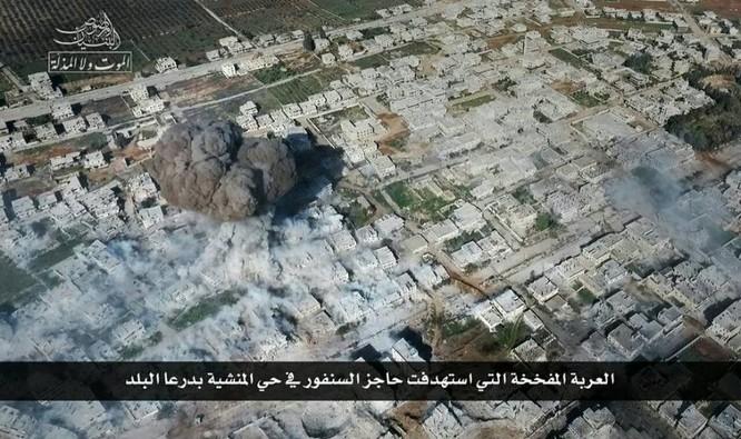 Chảo lửa Daraa: Phiến quân Syria đánh bom tự sát, không quân Nga-Syria ồ ạt trút sấm sét ảnh 2