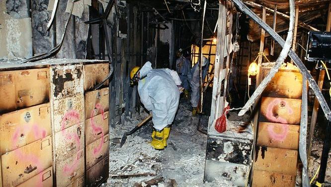 FBI công bố những bức ảnh chưa từng biết đến về vụ tấn công khủng bố Lầu Năm Góc ngày 11.9.2001 ảnh 16