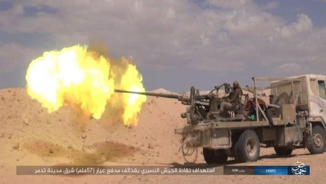 Trận chiến Palmyra: Quân đội Syria giao chiến ác liệt với IS ảnh 5