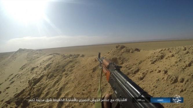 Trận chiến Palmyra: Quân đội Syria giao chiến ác liệt với IS ảnh 10