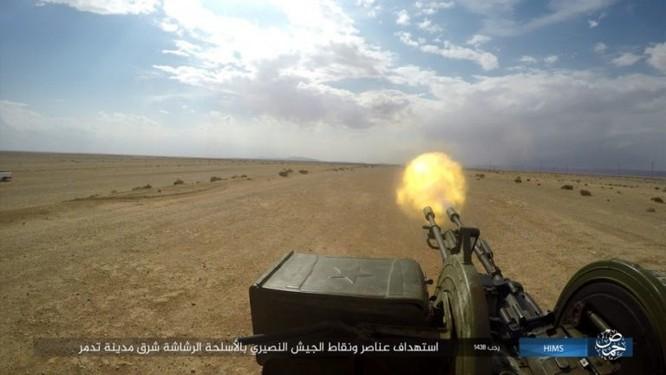 Trận chiến Palmyra: Quân đội Syria giao chiến ác liệt với IS ảnh 12