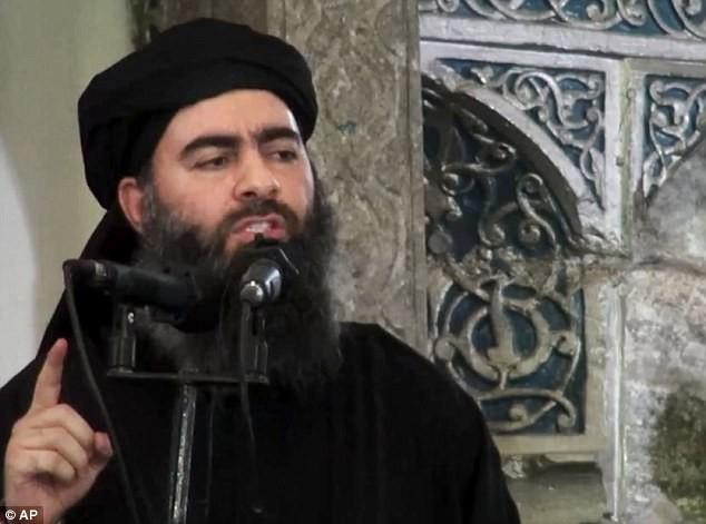 Thủ lĩnh IS dùng 17 xe bom và 300 chiến binh mở đường máu chạy khỏi Mosul ảnh 1