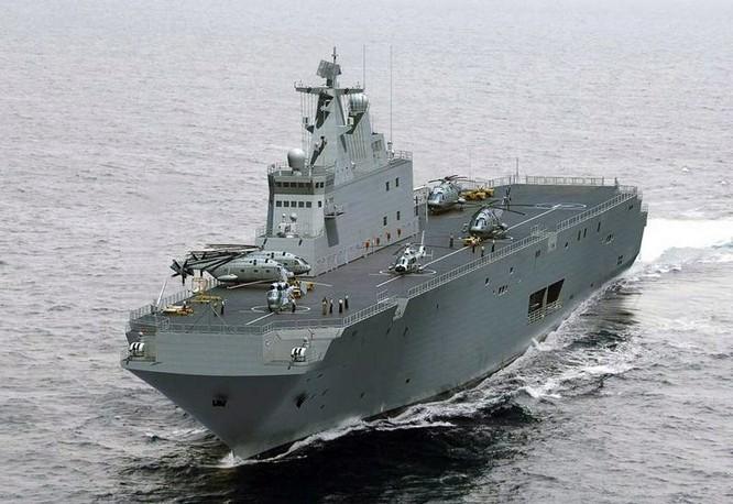 Trung Quốc đóng tàu đổ bộ trực thăng khủng 40.000 tấn (video) ảnh 5