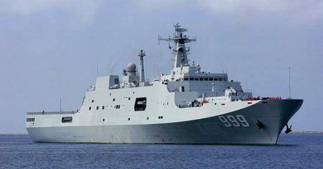 Trung Quốc đóng tàu đổ bộ trực thăng khủng 40.000 tấn (video) ảnh 7