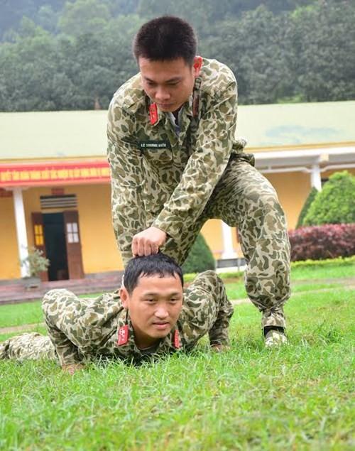 Tuyệt kỹ đặc công Việt Nam xuất quỷ nhập thần (chùm ảnh video) ảnh 8