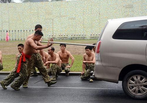 Tuyệt kỹ đặc công Việt Nam xuất quỷ nhập thần (chùm ảnh video) ảnh 31