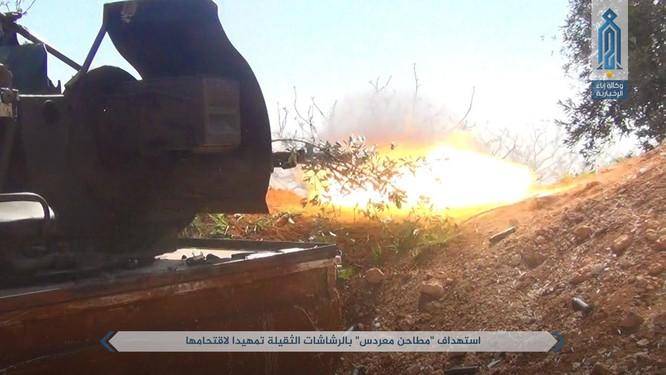 Quân đội Syria bị tấn công dữ dội sau đòn tập kích tên lửa Mỹ (video) ảnh 4