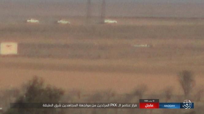 Mỹ hậu thuẫn người Kurd diệt hàng chục phiến quân IS ở Raqqa (video) ảnh 5