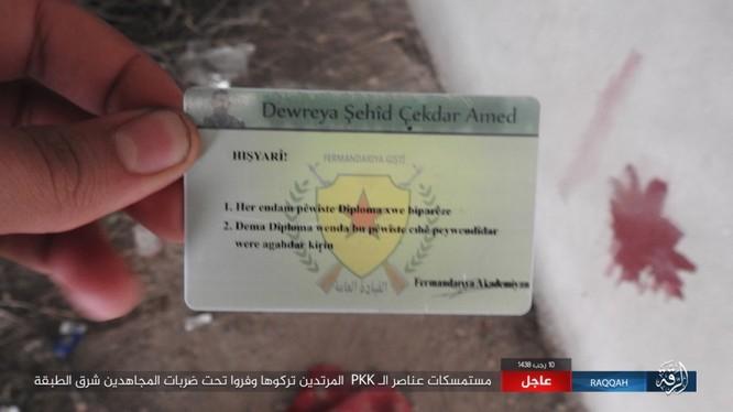 Mỹ hậu thuẫn người Kurd diệt hàng chục phiến quân IS ở Raqqa (video) ảnh 7