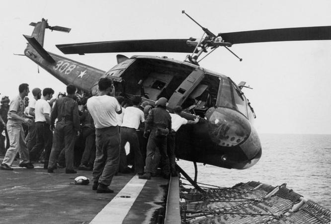 Mỹ và chiến dịch ném trực thăng xuống Biển Đông năm 1975 ảnh 3