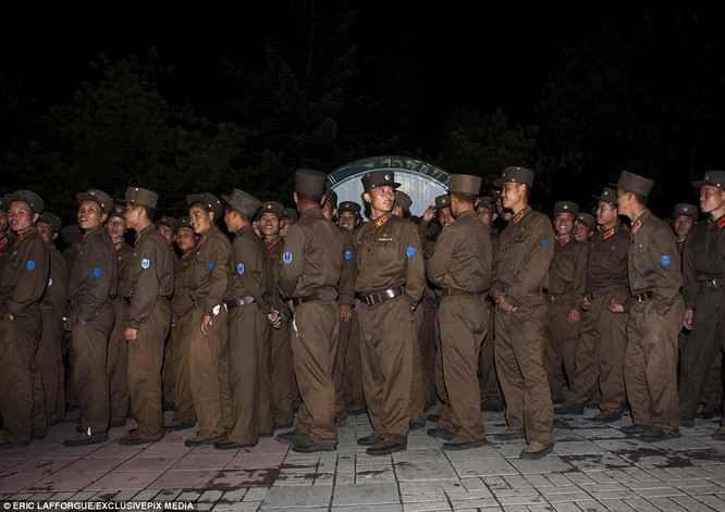 Binh sĩ Triều Tiên trước giông bão chiến tranh (ảnh + video) ảnh 6