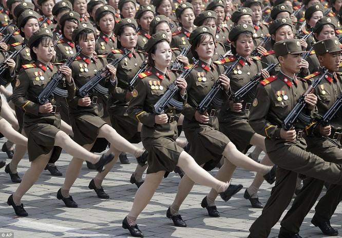 Sức mạnh quân sự Triều Tiên qua màn duyệt binh lớn nhất lịch sử ảnh 4