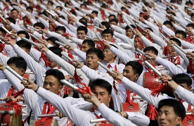 Sức mạnh quân sự Triều Tiên qua màn duyệt binh lớn nhất lịch sử ảnh 6
