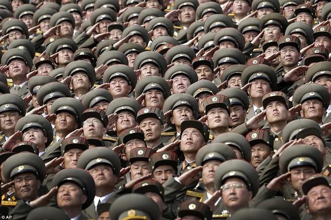 Sức mạnh quân sự Triều Tiên qua màn duyệt binh lớn nhất lịch sử ảnh 9