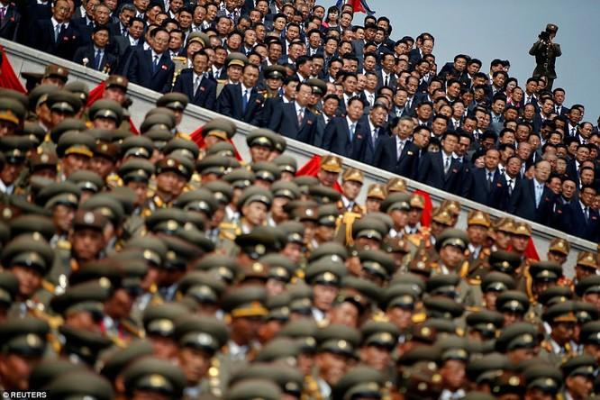 Sức mạnh quân sự Triều Tiên qua màn duyệt binh lớn nhất lịch sử ảnh 11
