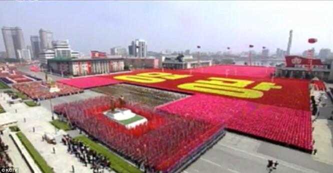 Sức mạnh quân sự Triều Tiên qua màn duyệt binh lớn nhất lịch sử ảnh 23
